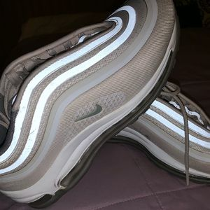 Nike Shoes - Nike Air Max '97